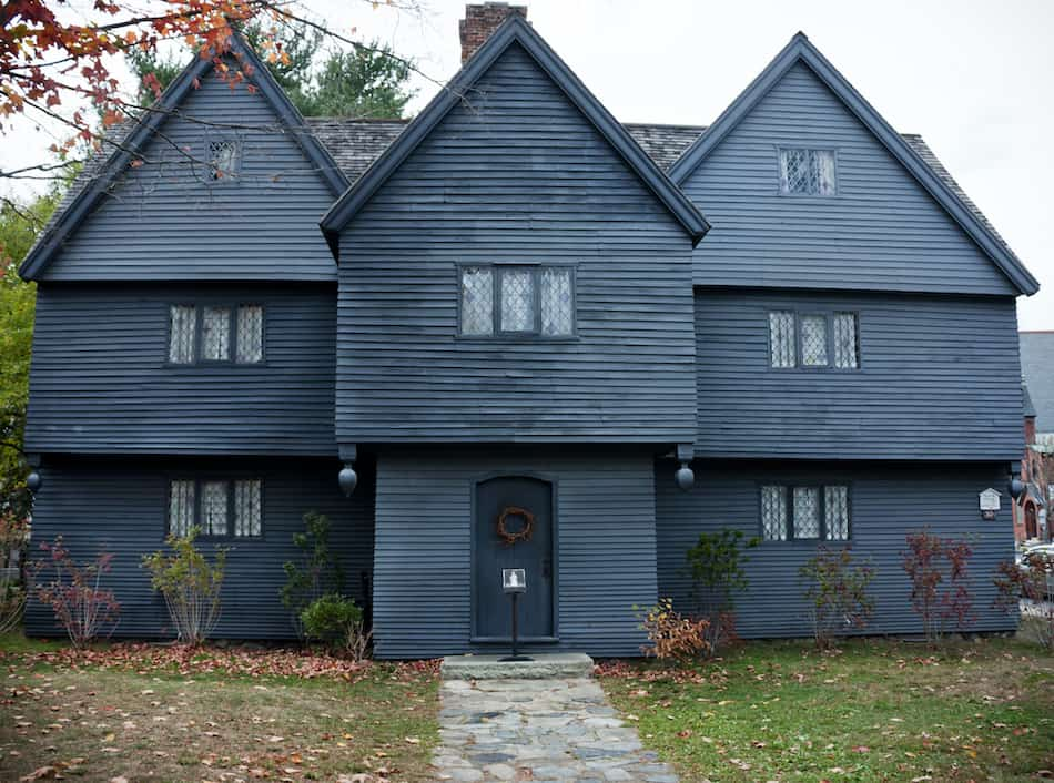picture of the Witch House in Salem MA