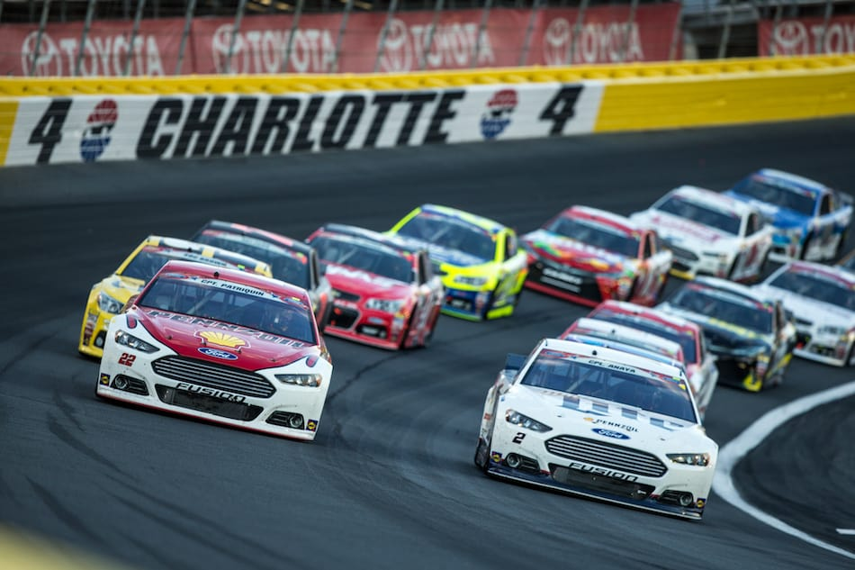 picture of a NASCAR race in Charlotte NC